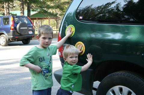 Parking Pal Magnet : Car Park Safety for Toddlers