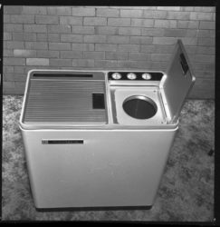 Old twin tub washing machines were easily recycled